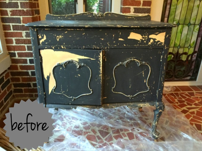 vintage chest before - thediybungalow.com