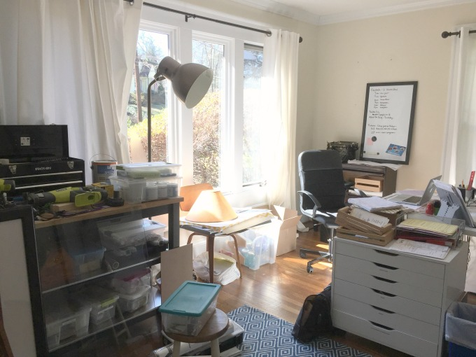My messy home office needs help - thediybungalow.com