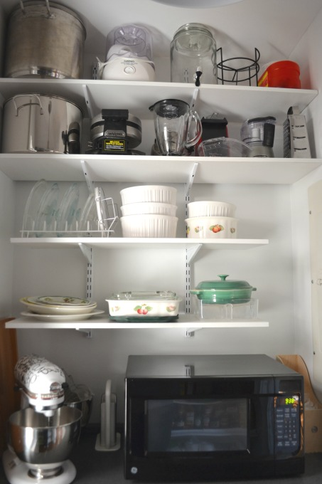 Pantry storage - thediybungalow.com