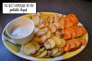 The best homemade no-fry potato chips - Join me and more than 40 other bloggers for the Ultimate Recipe Challenge - Potato - thediybungalow.com