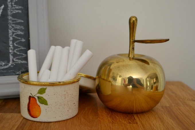 Chalk tin and apple - Swap It Like It's Hot - thediybungalow.com