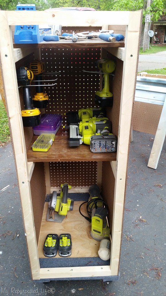 My RePurposed Life Rolling Tool Cart with Pegboard - tool storage shed inspiration - thediybungalow.com