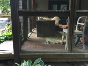 How to fix a screened porch - thediybungalow.com