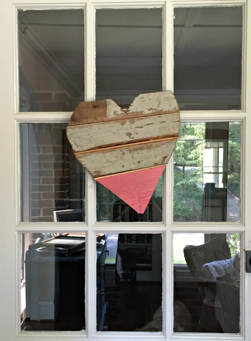 DIY scrap wood heart on door - thediybungalow.com