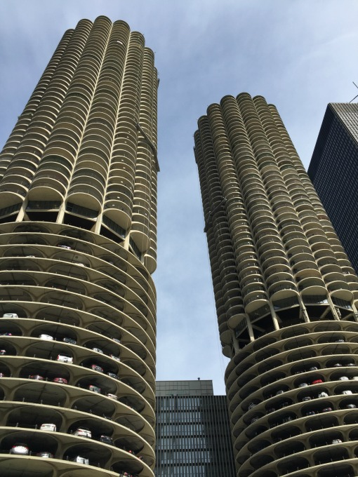 Chicago Architecture - iconic buildings - thediybungalow.com
