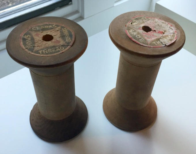 Vintage spools - DIY pennant banner - thediybungalow.com