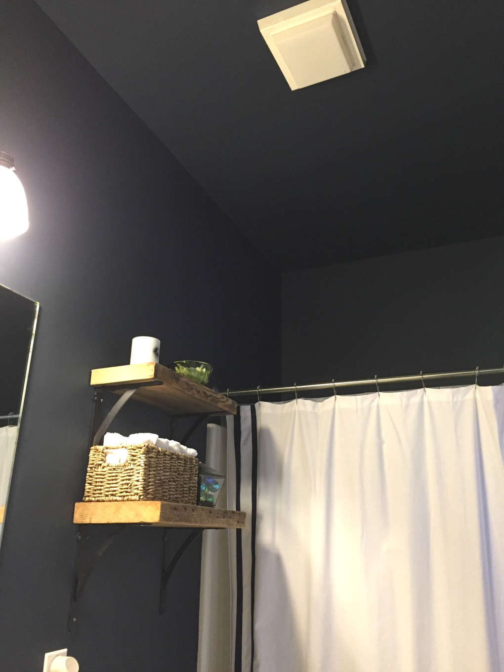 Navy blue paint on walls and ceiling - guest bathroom makeover reveal - thediybungalow.com