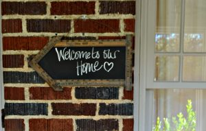 Welcome to our home - thediybungalow.com