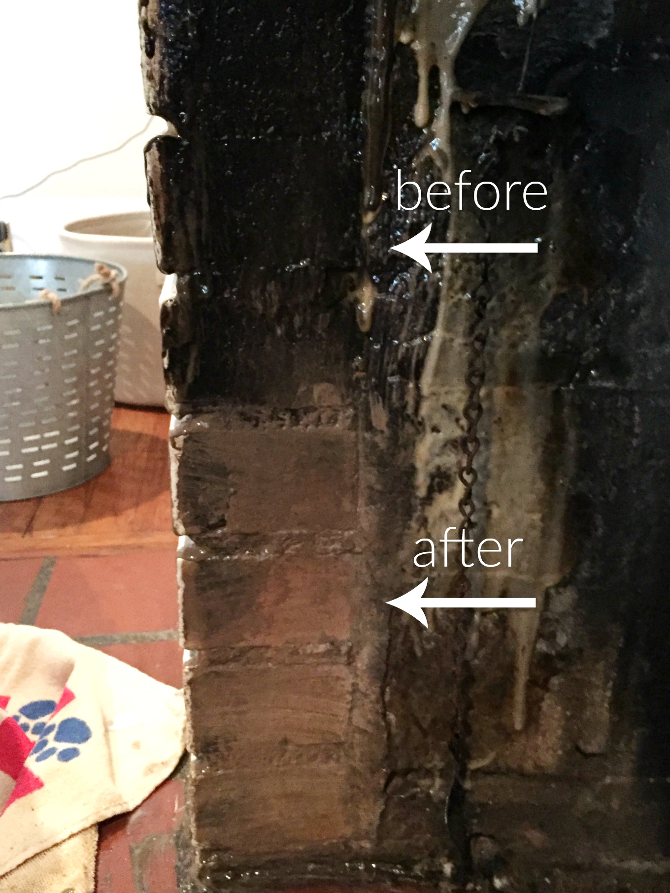 Before and after how to clean a fireplace firebox brick - thediybungalow.com