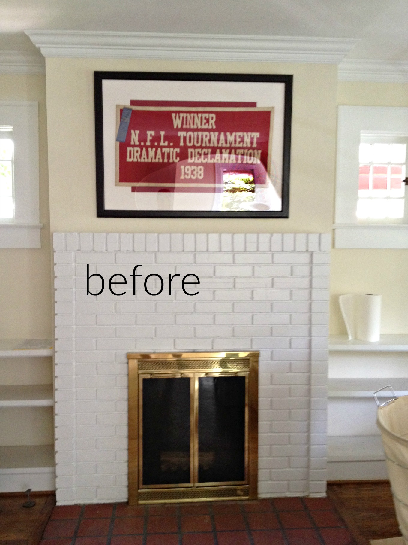 Living room fireplace before fireplace makeover - thediybungalow.com