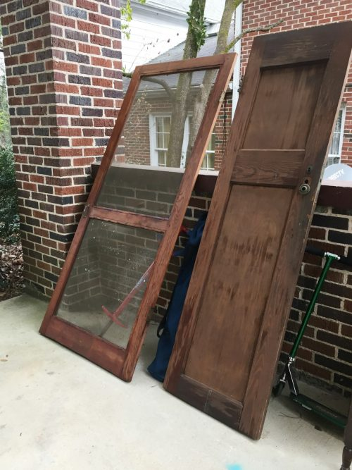 Why you should shop trash piles - repurposing old doors - thediybungalow.com