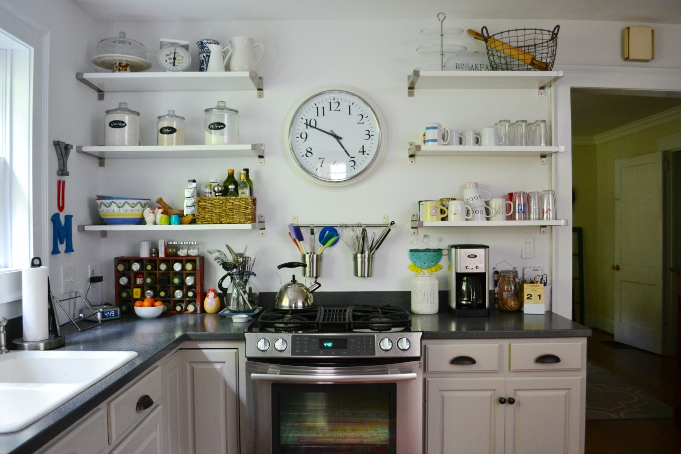 Brighter kitchen with white trim - thediybungalow.com