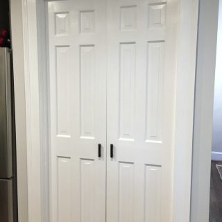 Five tips for painting six-panel doors - thediybungalow.com