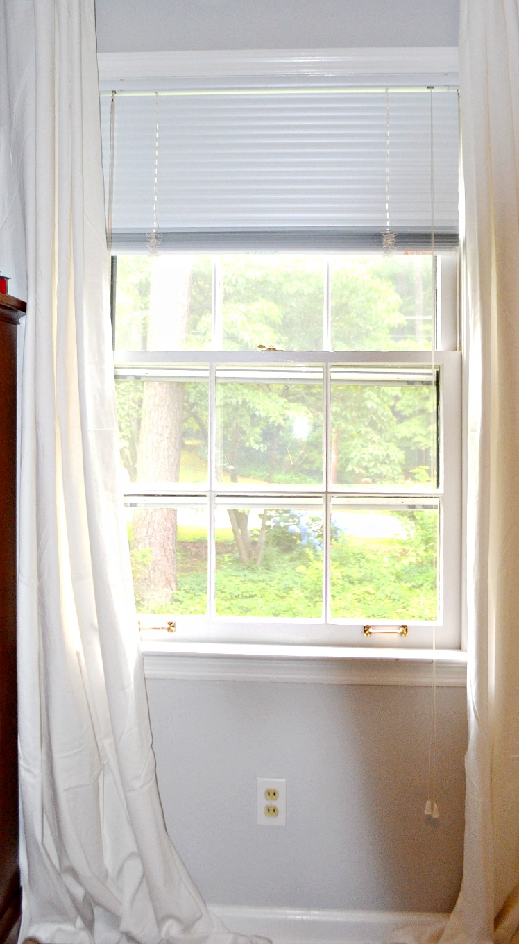 How to unstick windows painted shut - thediybungalow.com