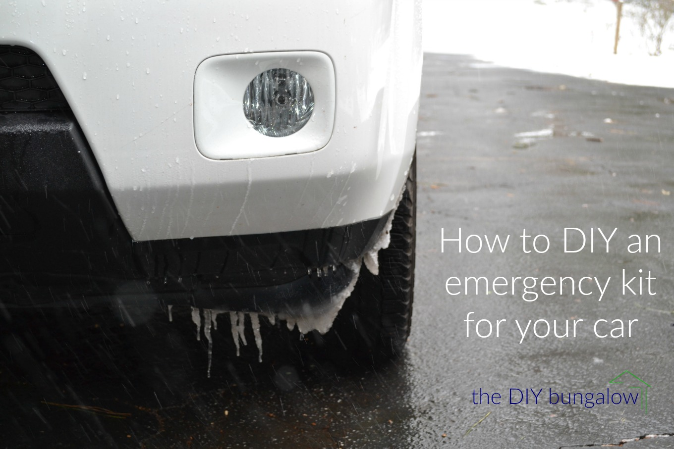 How to DIY an emergency kit for your car - thediybungalow.com